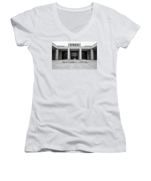 The George W. Bush Presidential Library And Museum  Women's V-Neck T-Shirt (Junior Cut) by Robert Bellomy