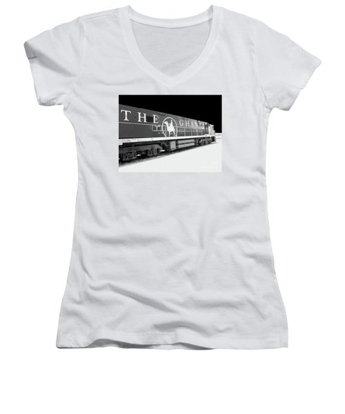 The Ghan Bw Women's V-Neck (Athletic Fit)