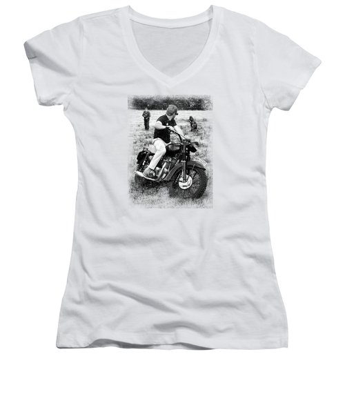 The Great Escape Women's V-Neck (Athletic Fit)