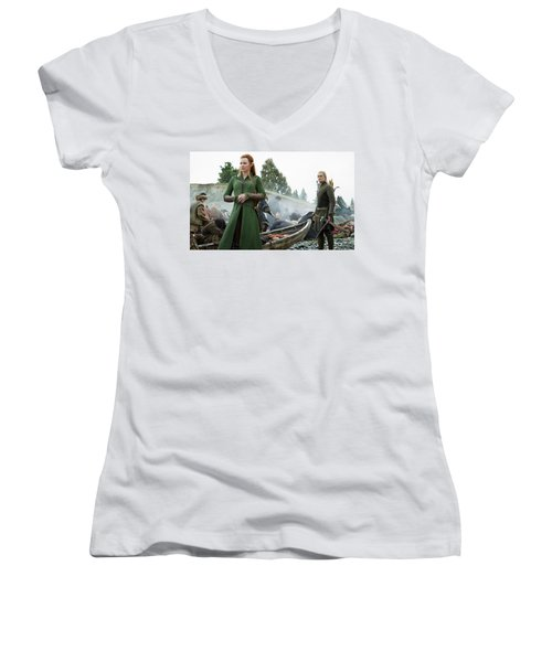 The Hobbit The Battle Of The Five Armies Evangeline Lilly Orlando Bloom Women's V-Neck (Athletic Fit)