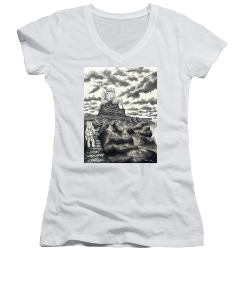The Moher Giant Women's V-Neck T-Shirt