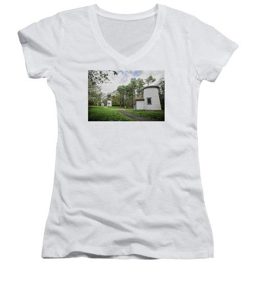 Three Sisters Lighthouses Women's V-Neck T-Shirt