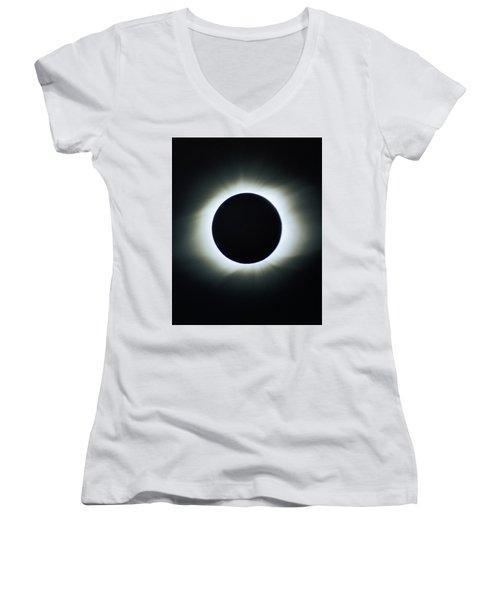 Total Solar Eclipse - Aruba 1998 Women's V-Neck