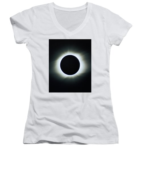 Total Solar Eclipse - Aruba 1998 Women's V-Neck