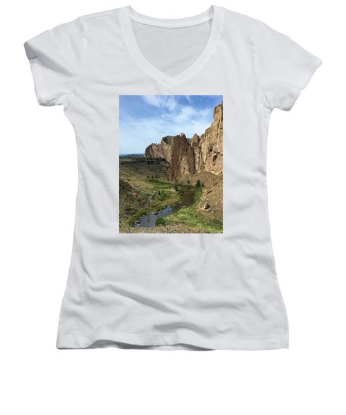 Towering Smith Rocks Women's V-Neck (Athletic Fit)