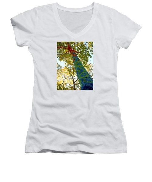 Tree Crochet Women's V-Neck T-Shirt