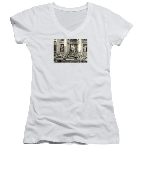 Trevi Fountain Women's V-Neck T-Shirt