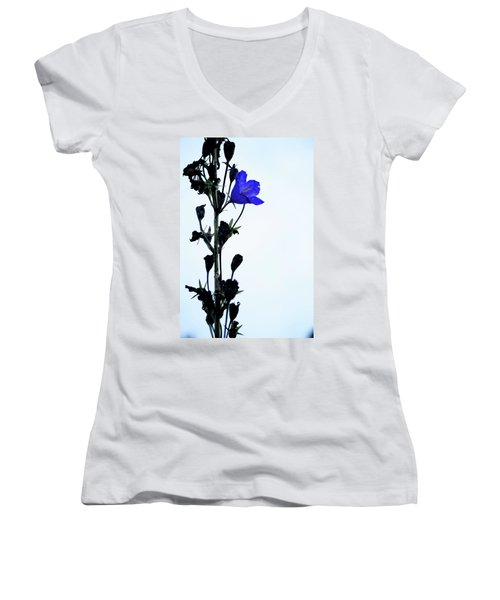 Unique Flower Women's V-Neck T-Shirt