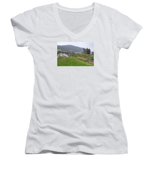 Urquhart Castle - Drumnadrochit Women's V-Neck (Athletic Fit)