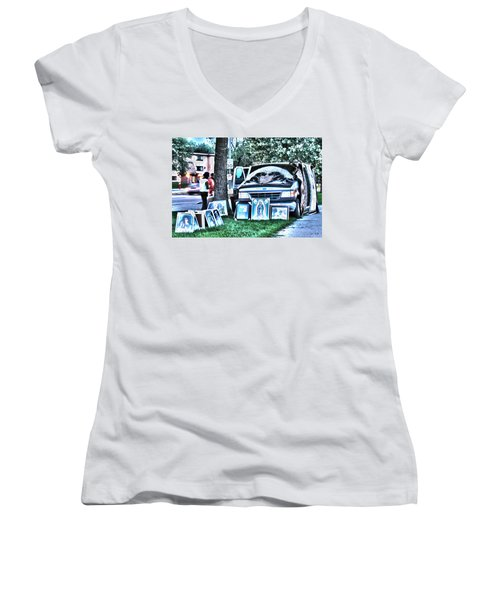 Van Art Women's V-Neck