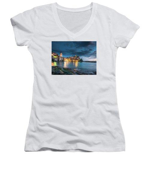 Vernazza - Cinque Terre Women's V-Neck T-Shirt
