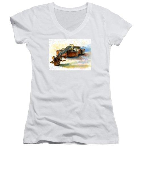 Violin 2 Women's V-Neck T-Shirt (Junior Cut)