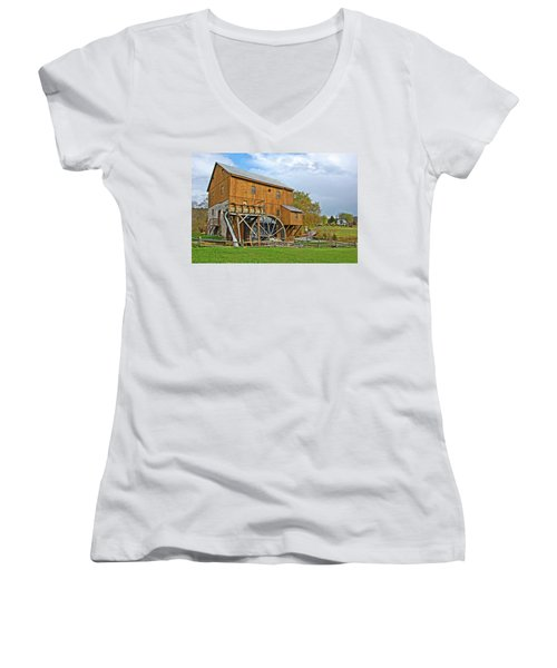 Wades Mill Women's V-Neck (Athletic Fit)