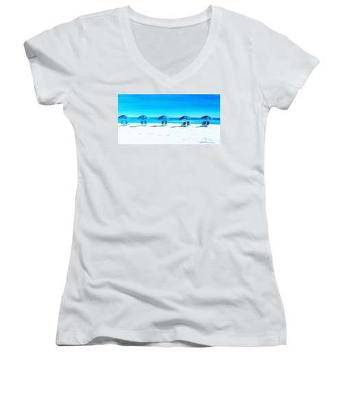 Waiting For The Beach Sitters Women's V-Neck T-Shirt