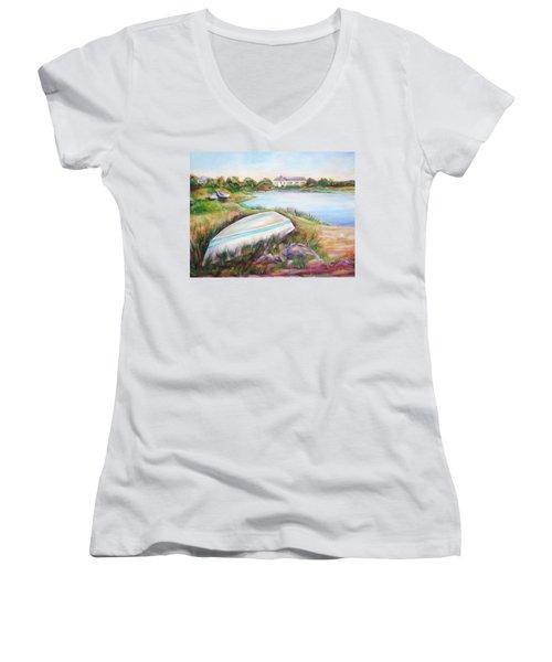 Washed Up Women's V-Neck T-Shirt