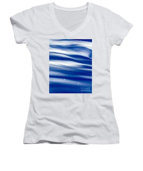 Waves Of Diamonds Women's V-Neck T-Shirt (Junior Cut) by Jennifer Lake