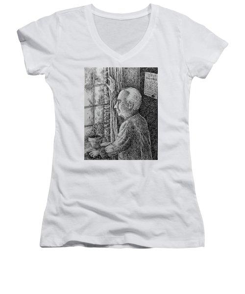 When The Rain Falls Women's V-Neck T-Shirt