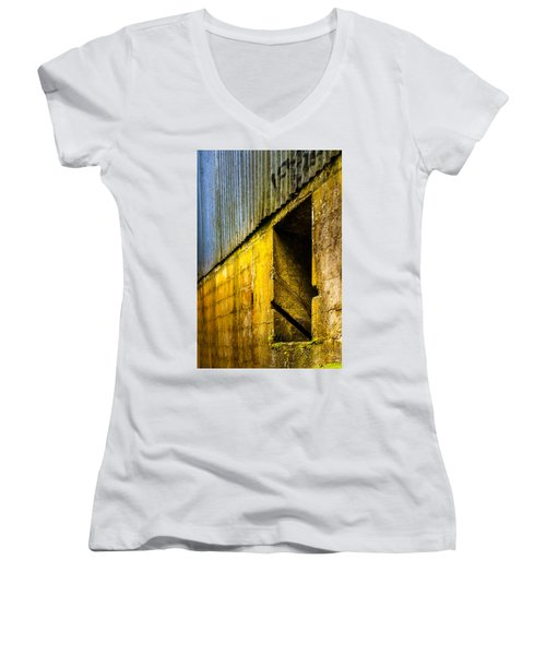 Window To The Past Women's V-Neck T-Shirt