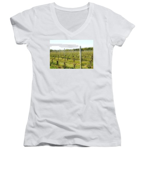 Wineries, Long Island, Ny Women's V-Neck (Athletic Fit)