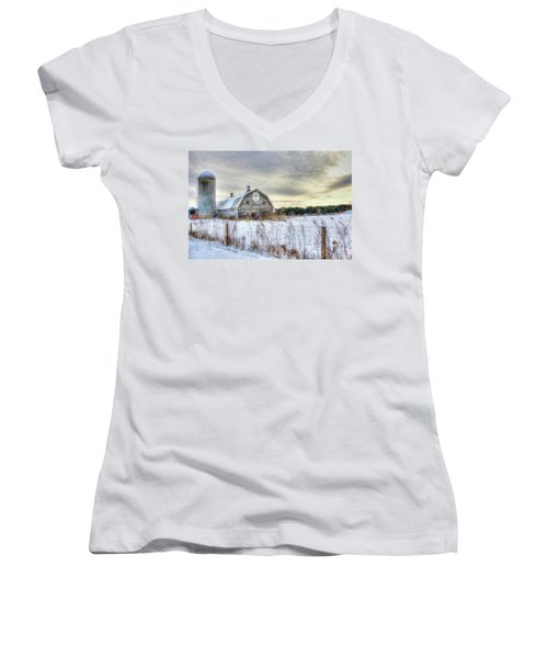 Winter Days In Vermont Women's V-Neck (Athletic Fit)