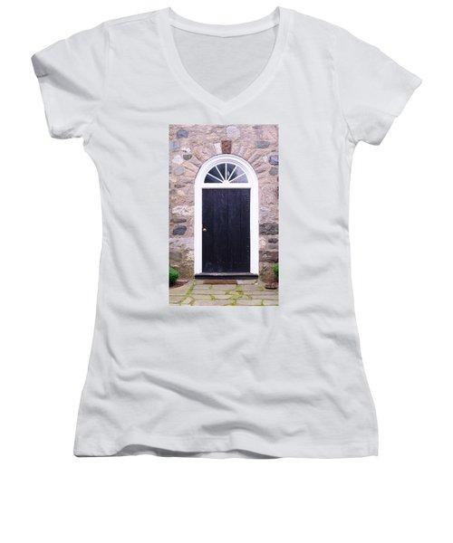 Winter House Door Women's V-Neck