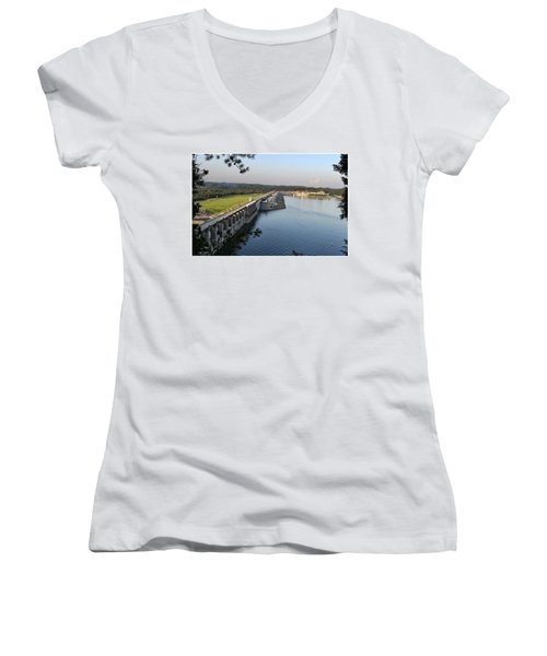 Wolf Creek Dam Women's V-Neck