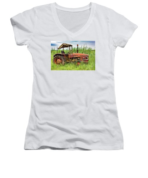Workhorse Women's V-Neck T-Shirt