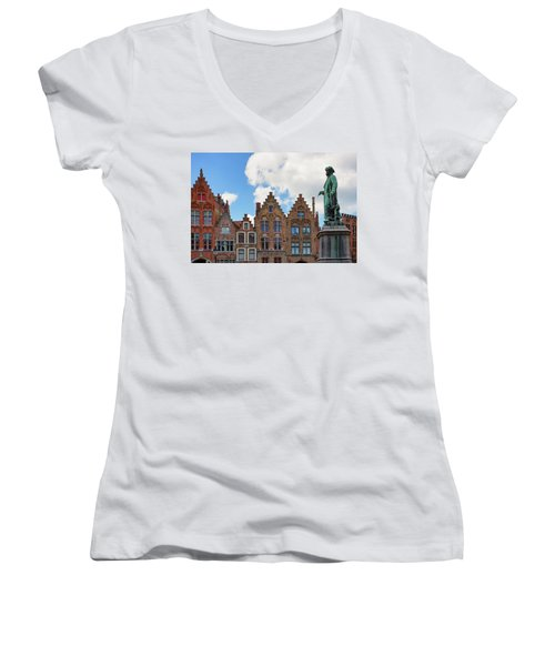 As Eyck Can Women's V-Neck