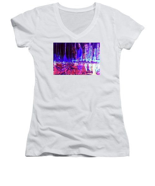 City By The Sea L Women's V-Neck