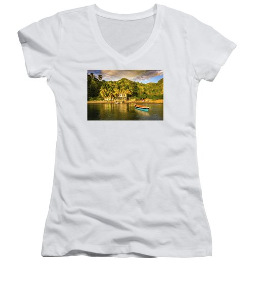 Cumberland Afternoon Women's V-Neck