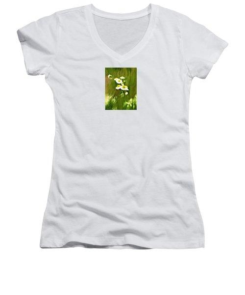 Daisies Women's V-Neck