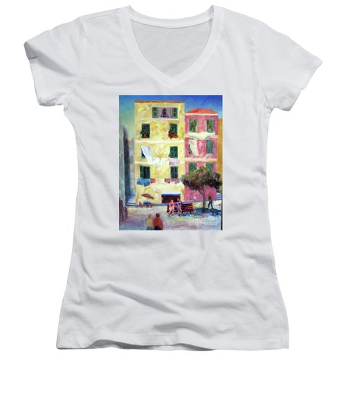 Italian Piazza With Laundry Women's V-Neck