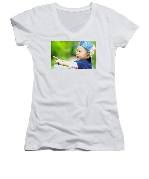 Women's V-Neck featuring the painting Joeseph by Harry Warrick