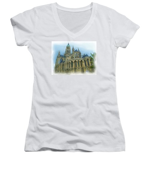 La Cathedrale De Bayeux Women's V-Neck