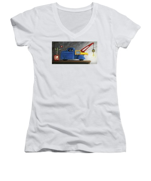Light Load  Women's V-Neck
