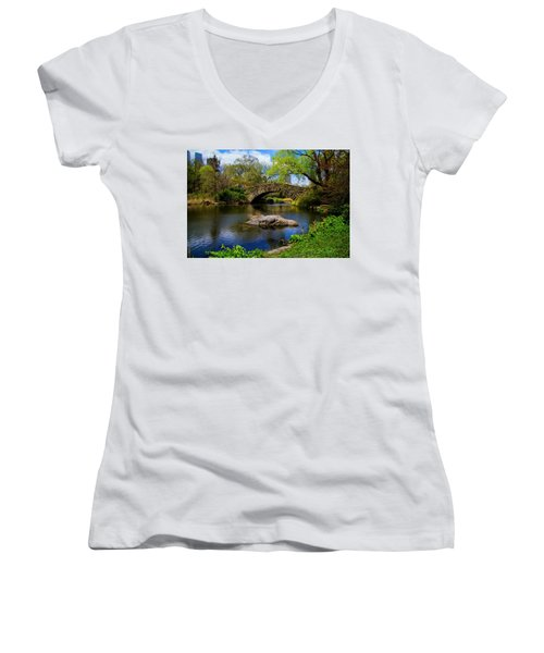 Park Bridge2 Women's V-Neck