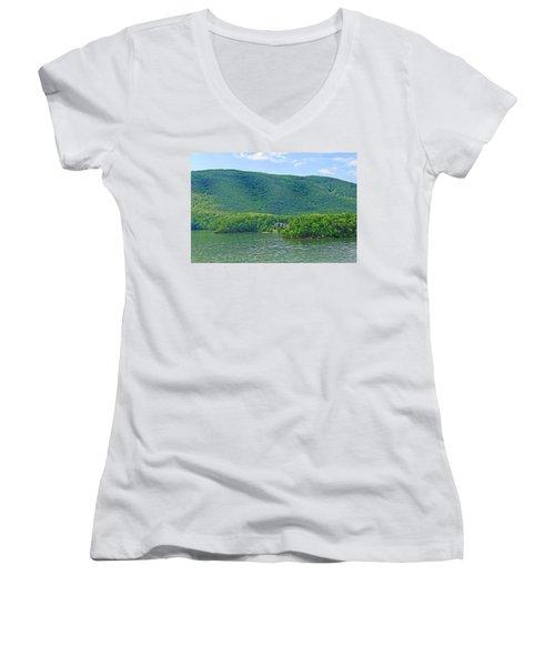 Smith Mountain Lake, Va. Women's V-Neck