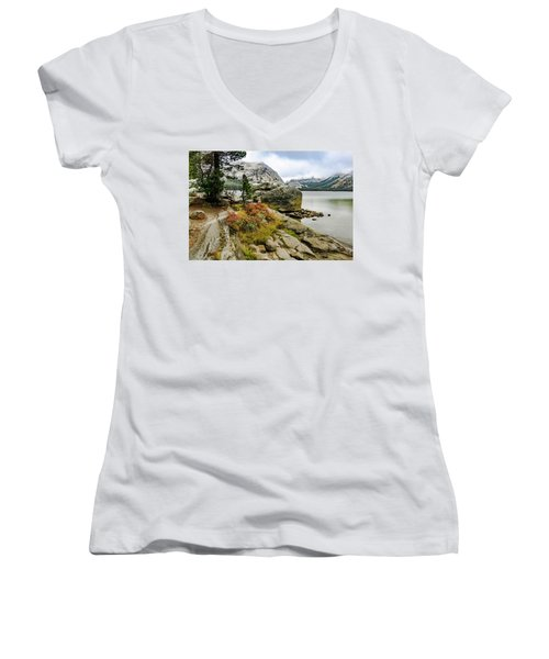 Tenaya View Women's V-Neck