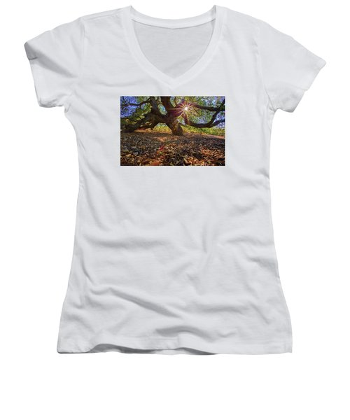 The Old Oak Women's V-Neck (Athletic Fit)