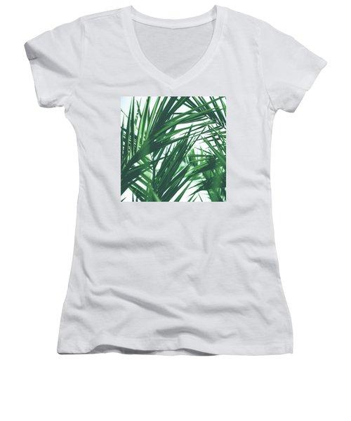 Vintage Palms IIi Women's V-Neck