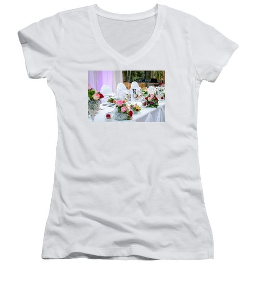 Wedding Table Women's V-Neck