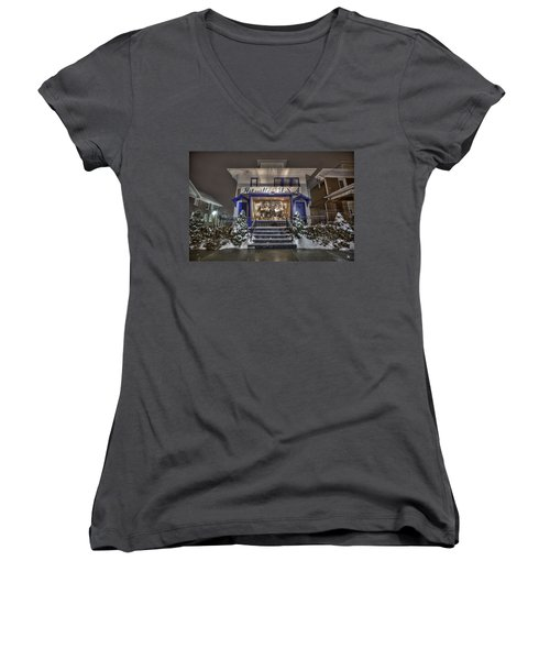 Hitsville Usa Women's V-Neck (Athletic Fit)