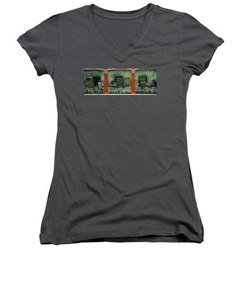 Mural On A Wall, Cancun, Yucatan, Mexico Women's V-Neck T-Shirt (Junior Cut) by Panoramic Images