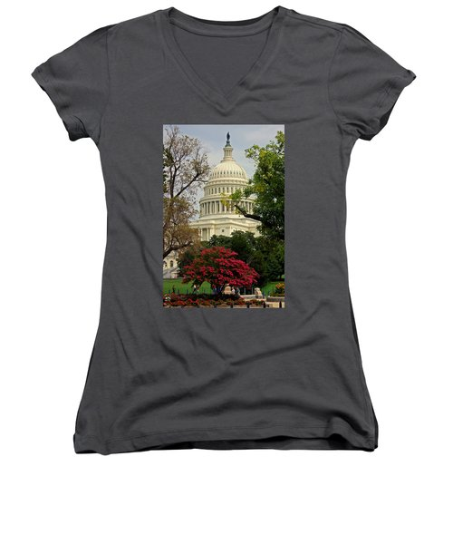 United States Capitol Women's V-Neck T-Shirt