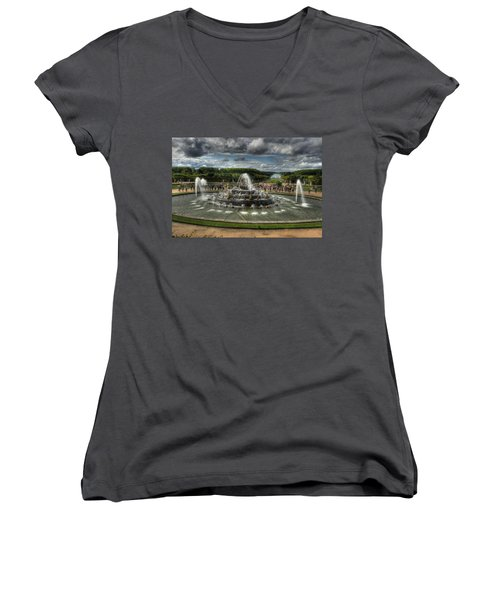 Versailles Fountain Women's V-Neck (Athletic Fit)