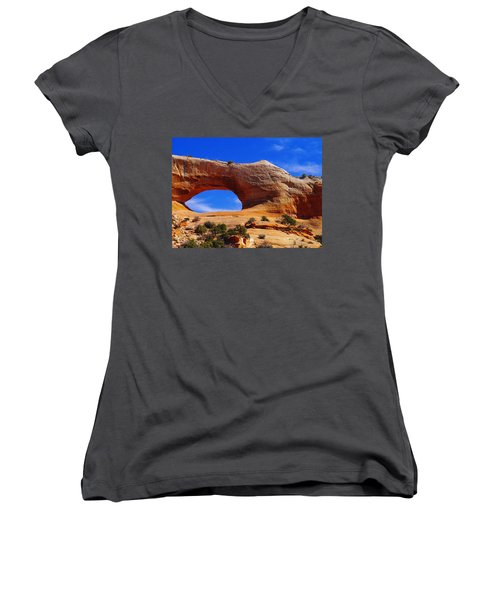 Wilsons Arch Women's V-Neck T-Shirt (Junior Cut) by Jeff Swan