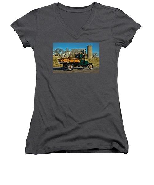 1923 Ford Model Tt One Ton Truck Women's V-Neck