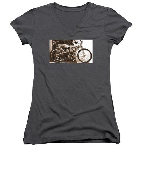 1950 Rotrax-jap Women's V-Neck T-Shirt