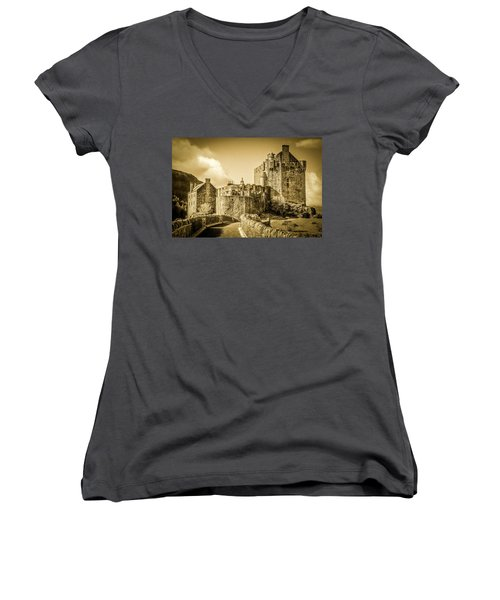 Eilean Donan Castle Women's V-Neck
