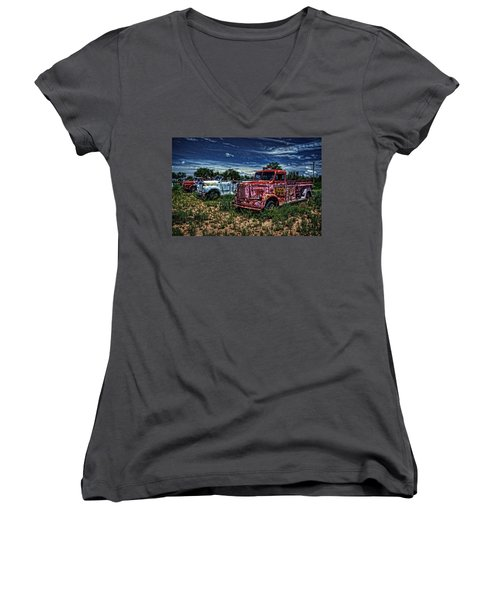 Women's V-Neck T-Shirt (Junior Cut) featuring the photograph 3 In A Row by Ken Smith